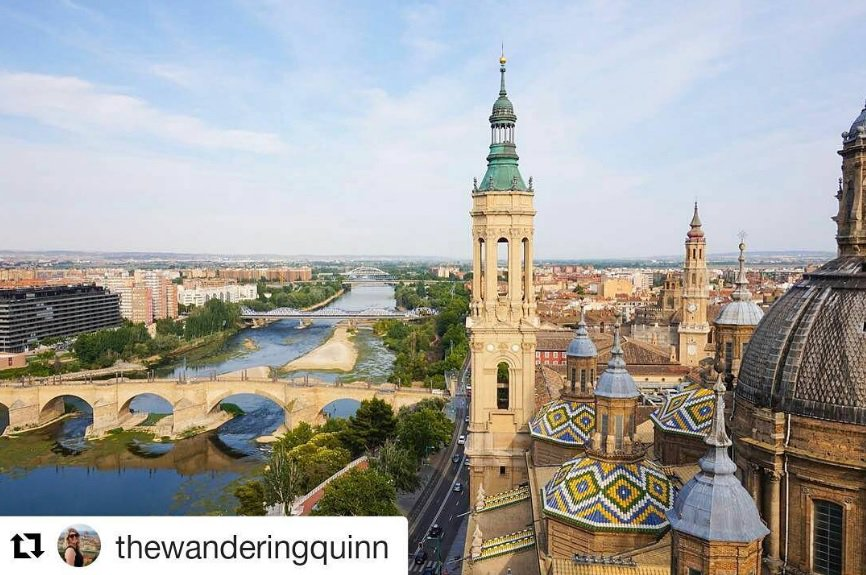Happy Friday! Don&#39;t miss the great view from the tower of Basilica del Pilar #Zaragoza Thanks @wandering_quinn for the pic! #spaincities<br>http://pic.twitter.com/ckObWrq2xs