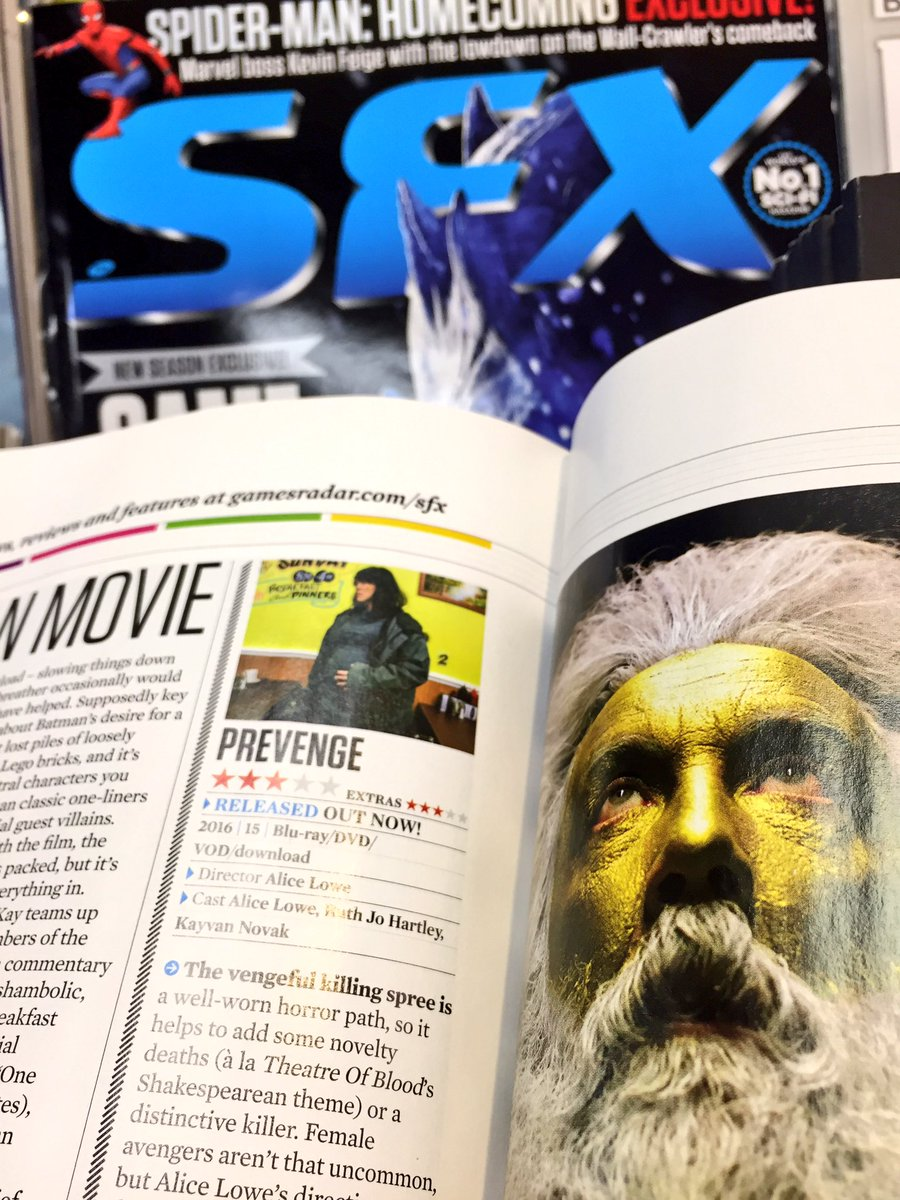 #FridayReads - In the new @SFXmagazine next to a giant golden Alan Moo...