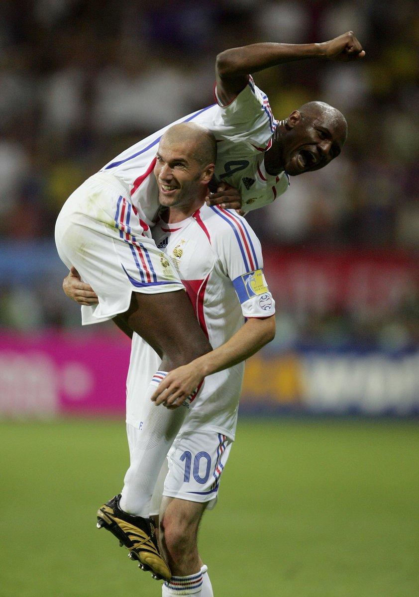 🇫🇷🎈🎂 Happy birthday to France's EURO-winning heroes Patrick Vieira, Zinedine Zidane & Jean Tigana!