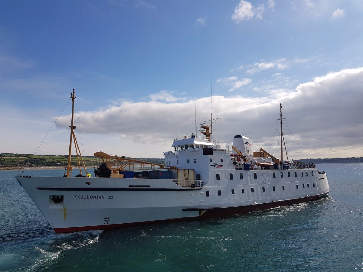 23/06/17 - Scillonian III departed Penzance at 09:11.