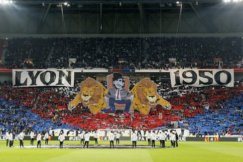 @marianodiaz9 Come to Lyon !! @OL @CafeCommerceOL @JM_Aulas #TeamOL #OL<br>http://pic.twitter.com/Yy74OoTMPH