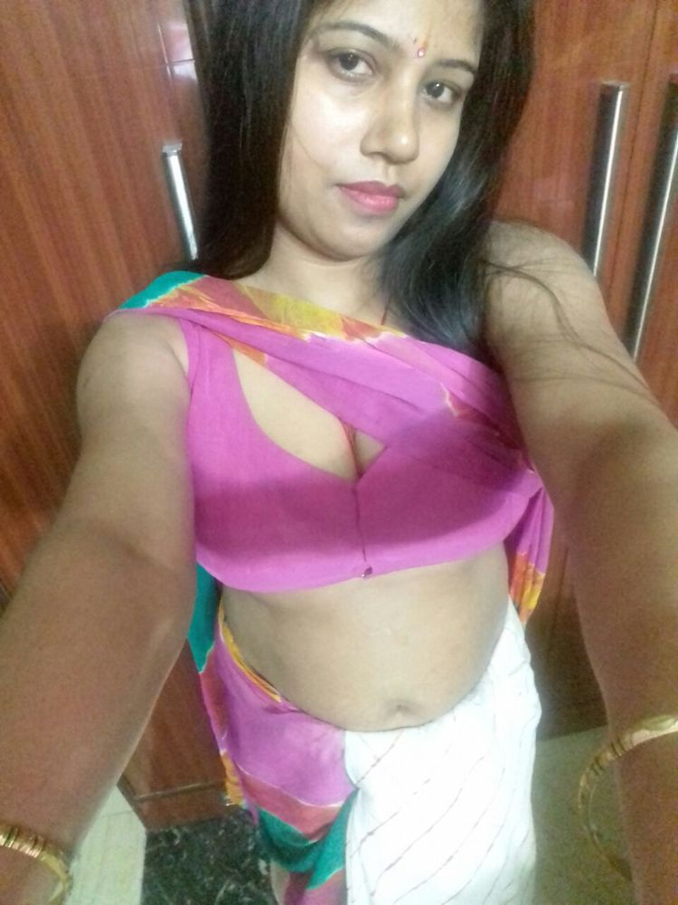 Young girl hot ml