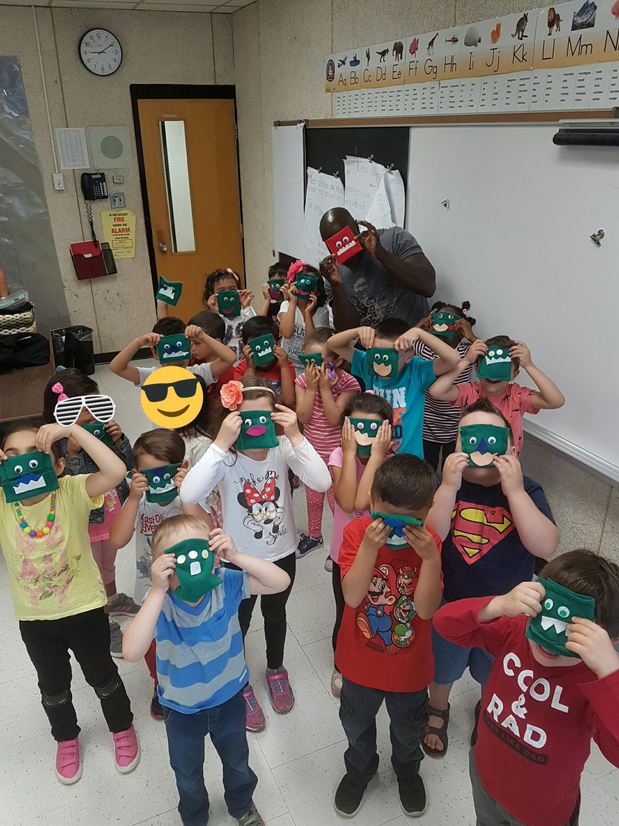 The monsters came out to play!Who knew kinders could do such an awesome job sewing!Thanks to the CSC for the opportunity!#sewing #treasures <br>http://pic.twitter.com/SNAj8u6iem