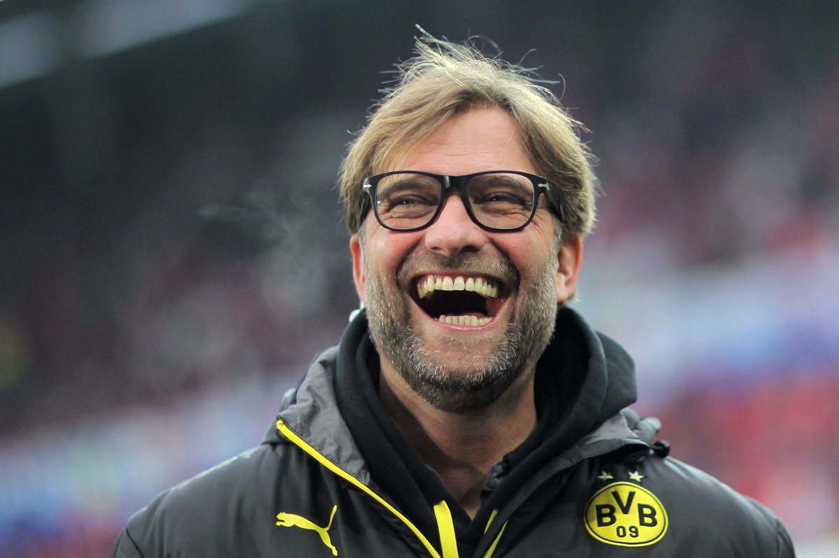 Ex-#BVB-Trainer Jürgen #Klopp feiert heute seinen 50. Geburtstag. Alles Gute, Kloppo. 🎂🎁🎉 (Fotos: dpa)