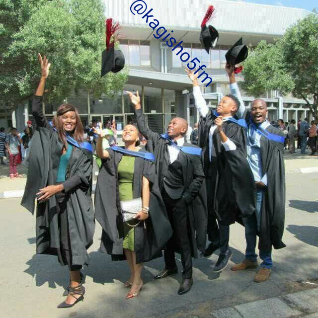 @StandardBankZA #YouthDay I want to be the Youth graduate & celebrate like this (Please RT) https://t.co/rDeowWBTaG