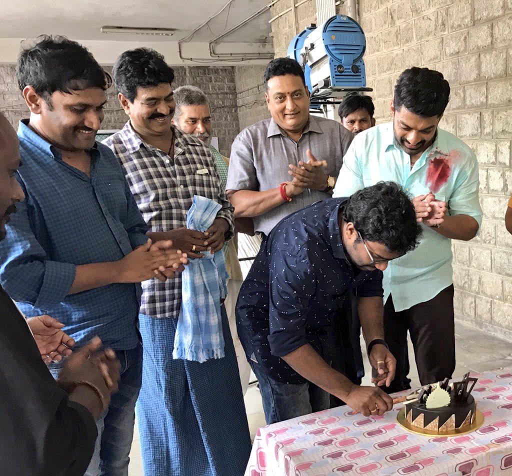 The unit of @nandamurikalyan &#39;s #MLA celebrated the b&#39;day of Anil Paduri of Advitha Creative Studios.Shoot going on near Gachibowli #NKR14<br>http://pic.twitter.com/zh4M76qqUY