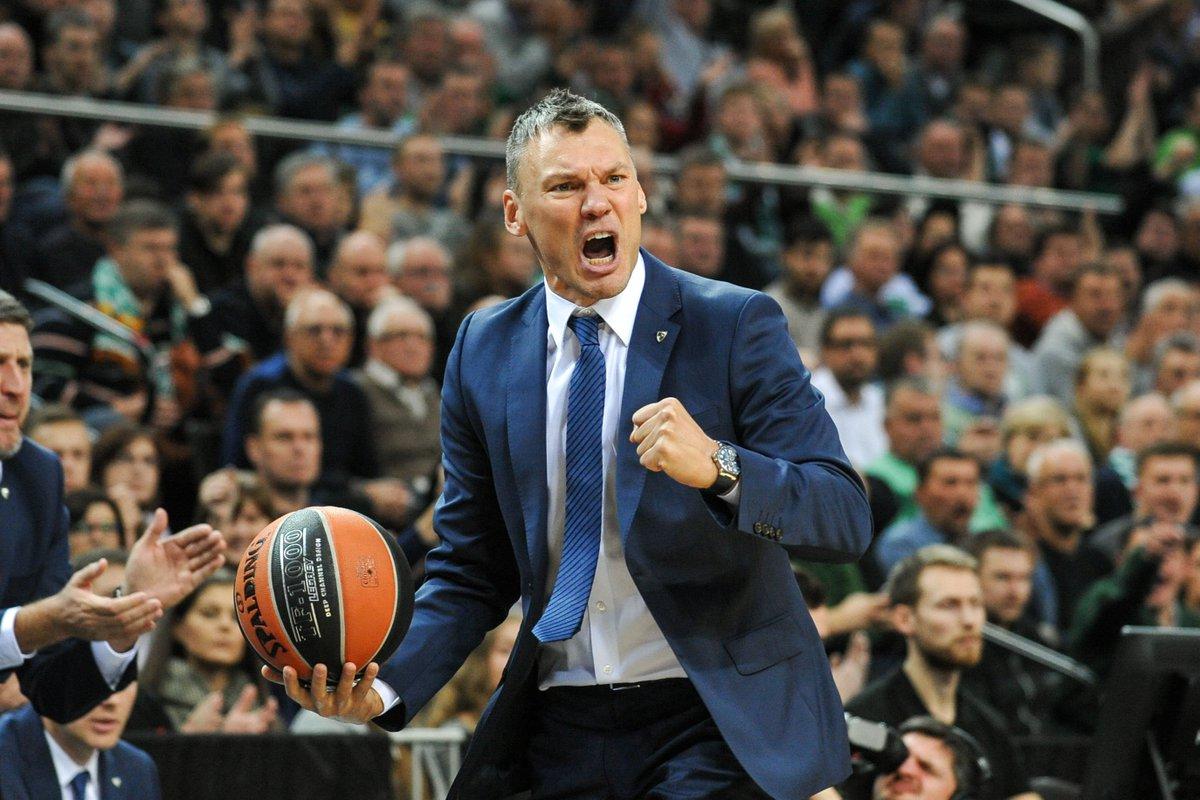 """Résultat de recherche d'images pour """"jasikevicius coach"""""""