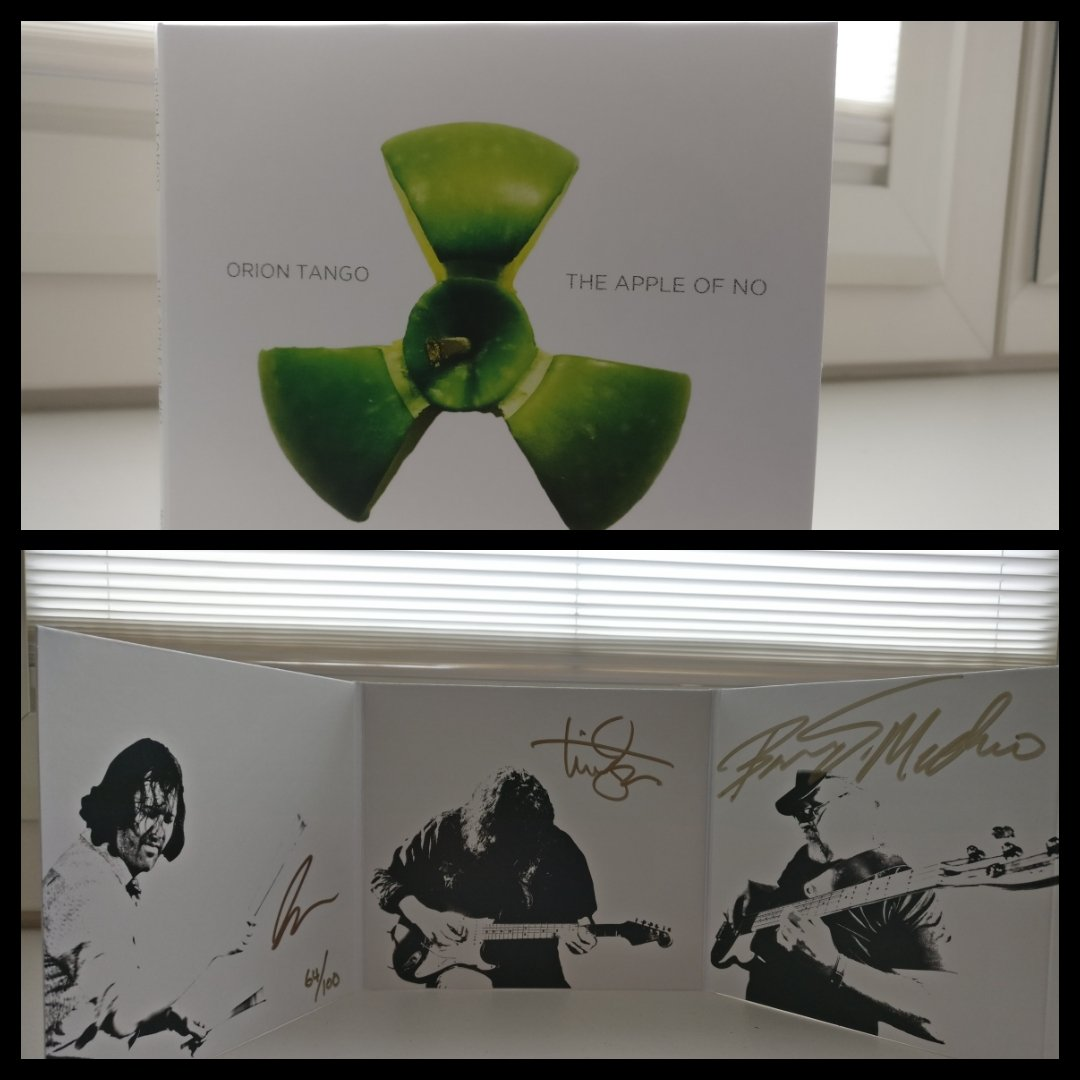 #nowlistening the amazing 6 p gatefold #le signed &amp; numbered album #the_Apple_of_No #Orion_Tango @timmotzer<br>http://pic.twitter.com/3V2VASto5z