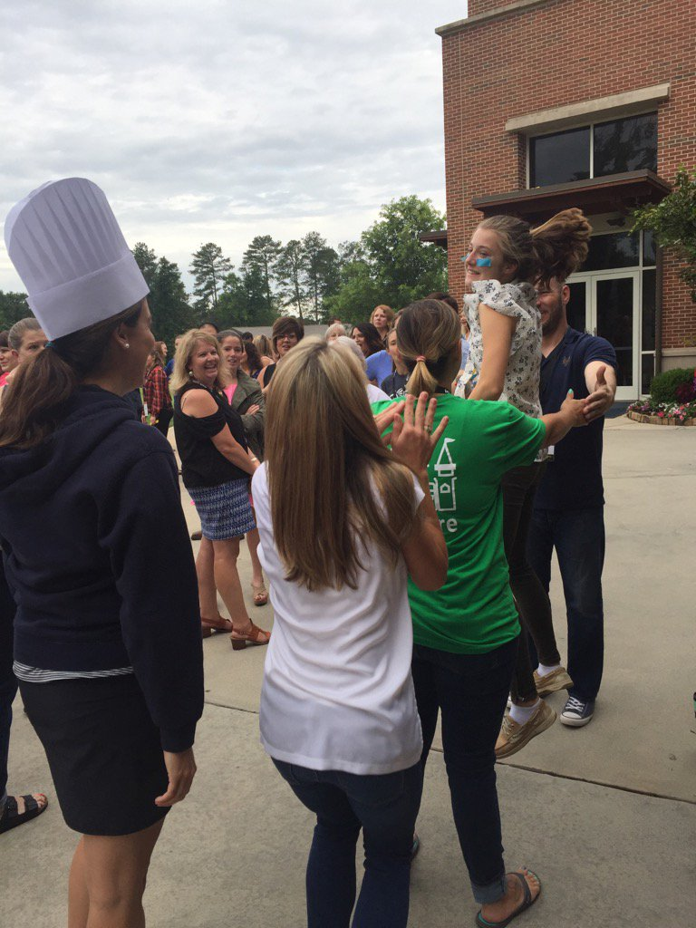 They're a toaster! #Fuse17 https://t.co/N1XF30juR3