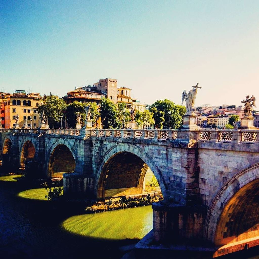 The #Bridge of #Sant&#39;Angelo over the #Tiber #river in #Rome | #Ponte #Tevere #Roma #Italia #Italy #Europe #statues…  http:// ift.tt/2sGNHir  &nbsp;  <br>http://pic.twitter.com/z6qB76xDgU