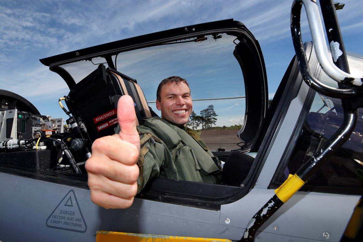 المقاتلة ساب جريبن SAAB Gripen E - صفحة 5 DCctAtiWAAAe_42