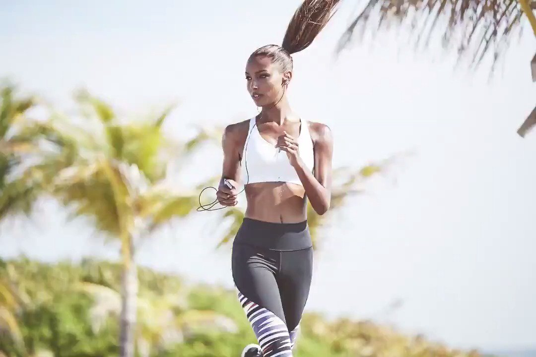 Your weekend deserves a fresh start—plan accordingly. #fitfriday https://t.co/6kBhNcDM2F