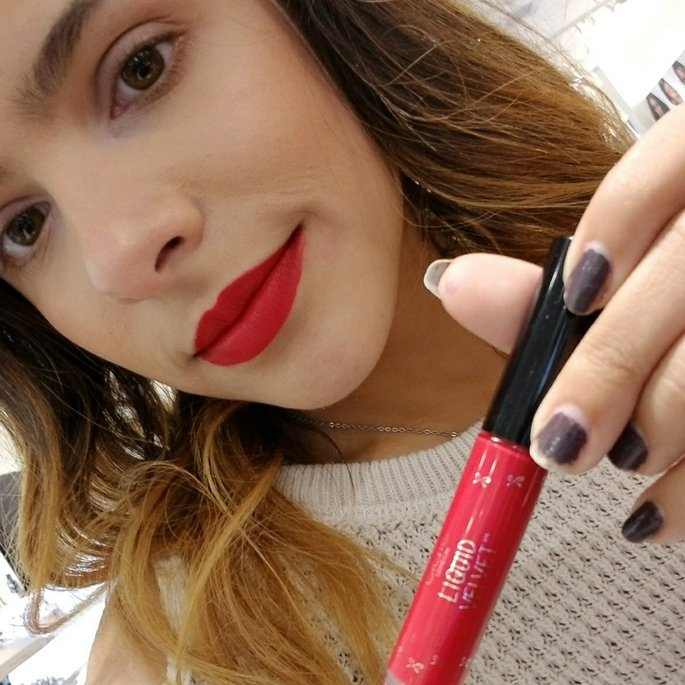 @ashleyxviiiiis is testing out Diva! Which #Ciate #LiquidVelvet is YOUR fave?<br>http://pic.twitter.com/AMDDfeFT6d