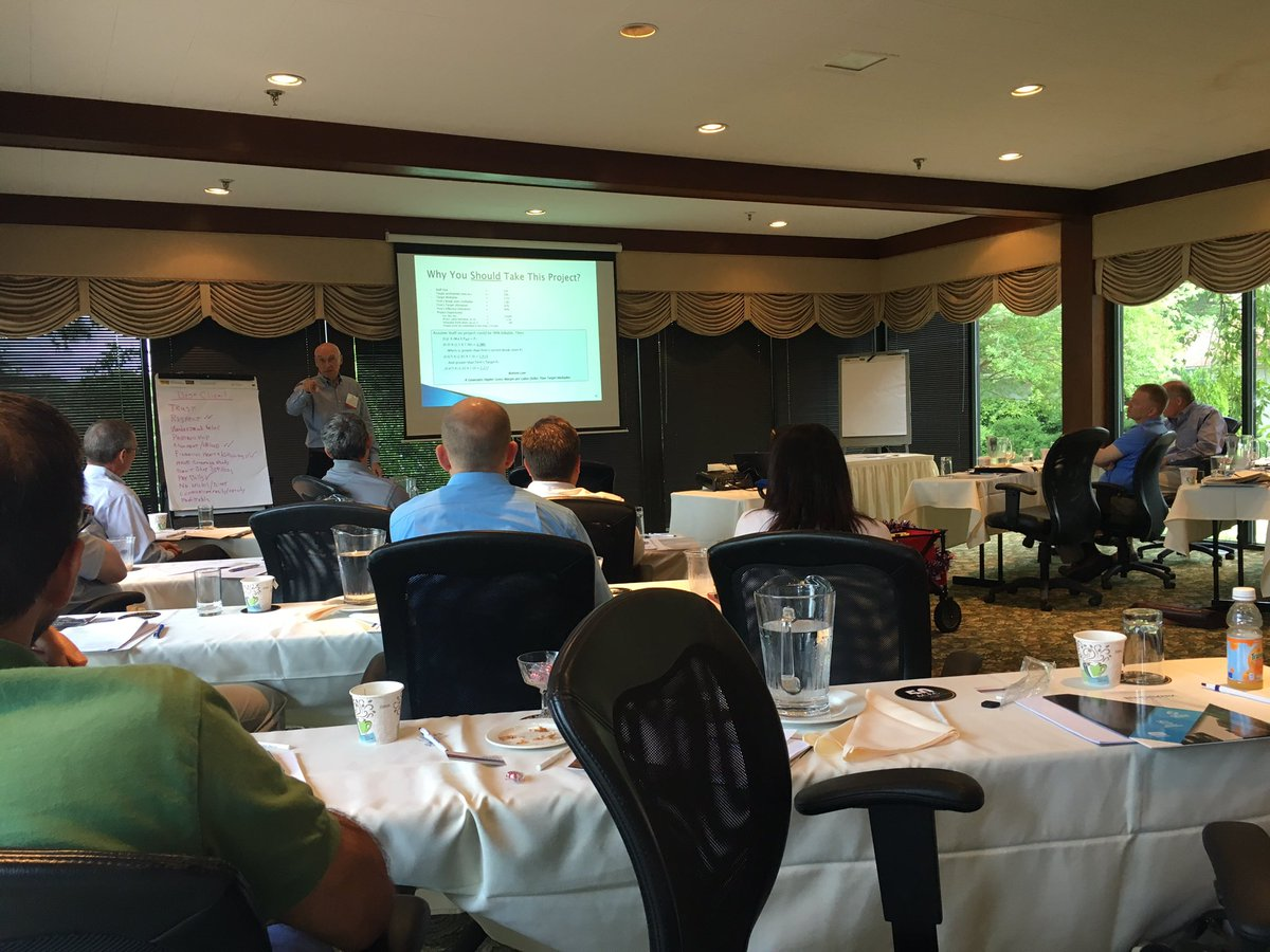 Joe Bolton presenting to ACEC/VA members on the linkage between sales success &amp; business culture. #buildyourbusiness <br>http://pic.twitter.com/7FNVbmK6tP &ndash; bij The Tides Inn