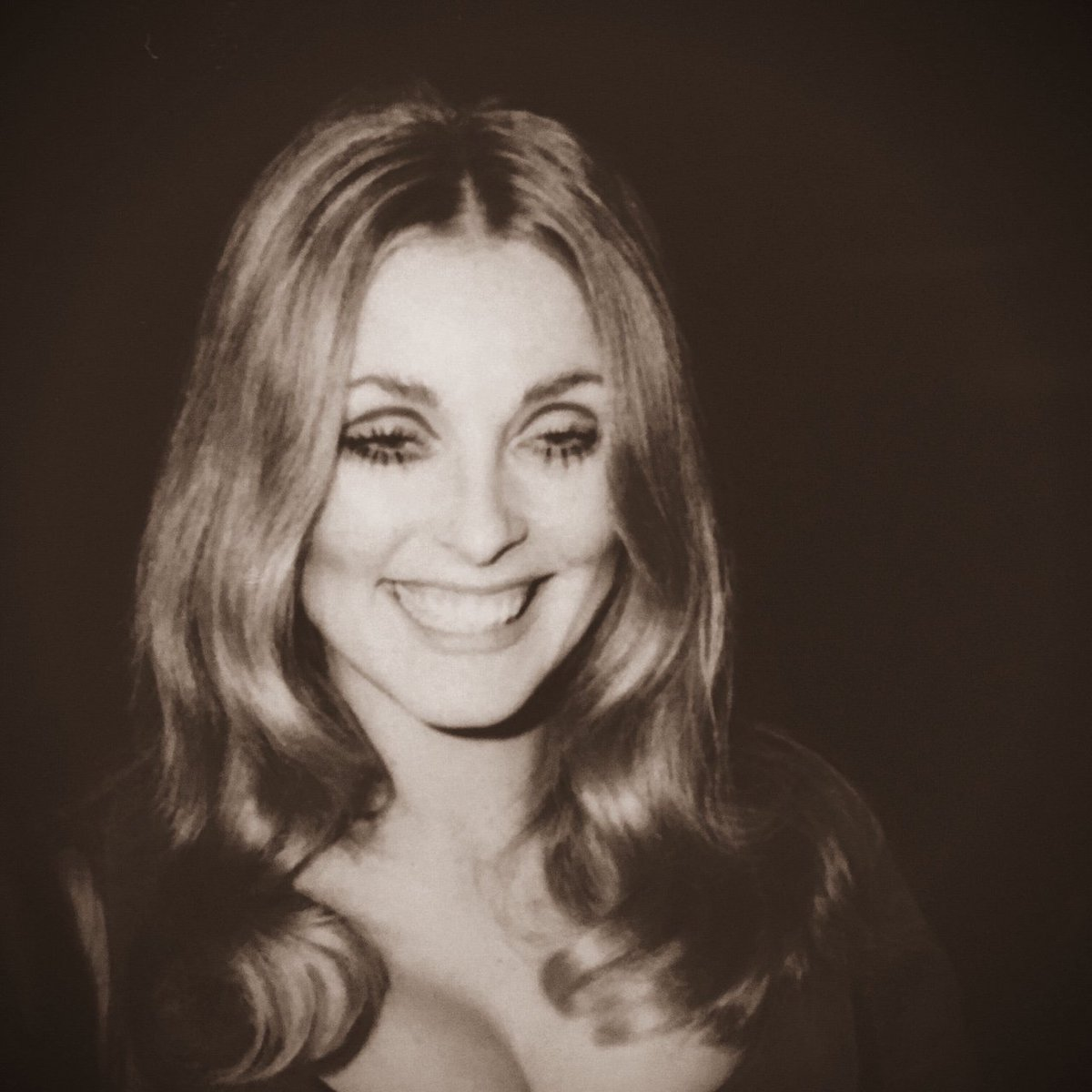 #SharonTate at the 1968 #GoldenGlobes <br>http://pic.twitter.com/YylBfJOFq0