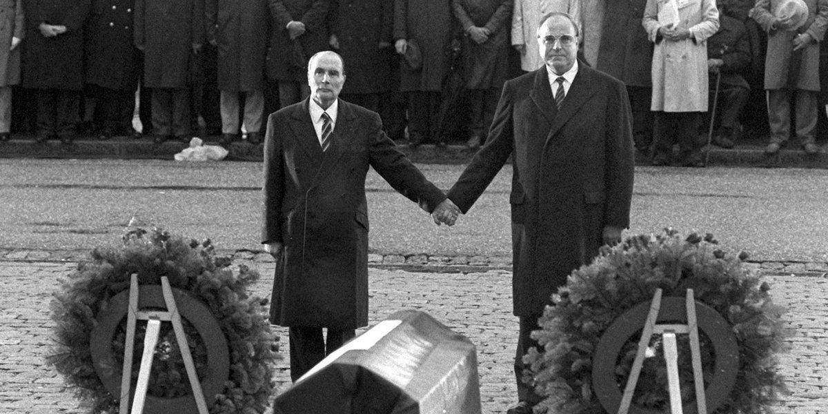 Artisan de l'Allemagne unie et de l'amitié franco-allemande : avec Helmut Kohl, nous perdons un très grand Européen.
