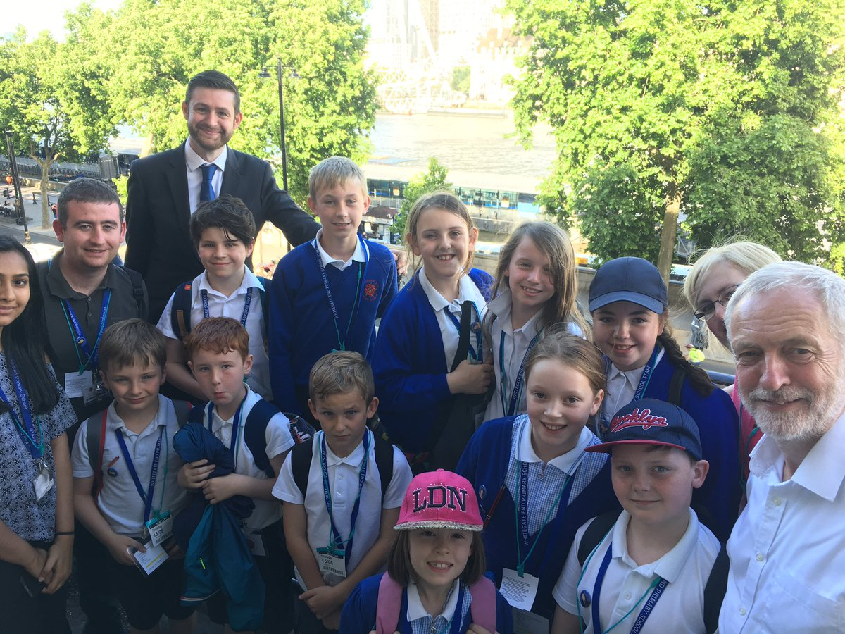 Jim mcmahon mp on twitter welcomed pupils from fantastic whitegate welcomed pupils from fantastic whitegate end primary school in chadderton to parliament got to meet jeremycorbyn a day to rememberpicitter m4hsunfo