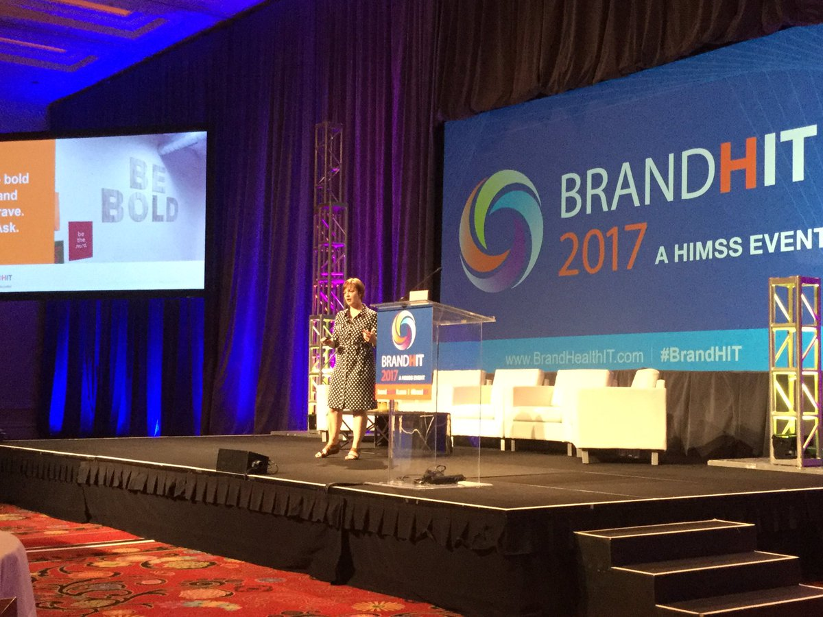 Amanda Todorovich, content marketer of the year from Cleveland Clinic very impressive presentation on massive engagement growth. #BrandHIT <br>http://pic.twitter.com/UckzbolIxd &ndash; bij Encore Las Vegas