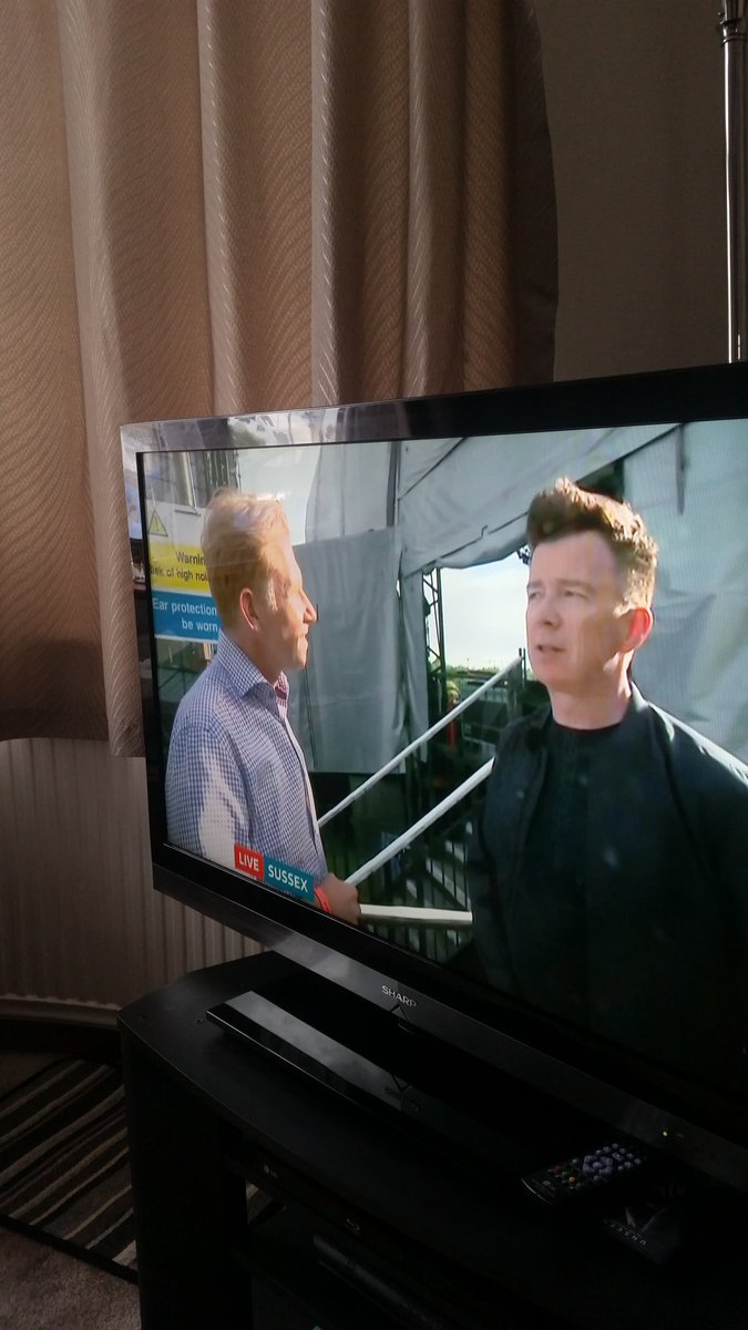 @rickastley which 1 is Rick,which 1 is Simon.  Never gonna give you up was some song,and still is. #TopSound <br>http://pic.twitter.com/9HcSPwjoku