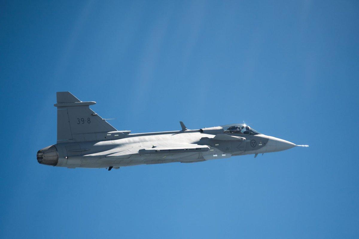 المقاتلة ساب جريبن SAAB Gripen E - صفحة 4 DCdr0inXYAAwKUN