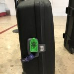 Le savant, la valise et l'imperméable: oui, le savant distrait existe, ce n'est pas un cliché! https://t.co/SvNbleZdOR