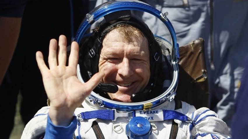 International space station celebrates 15 years in orbit перевод текста - d931b