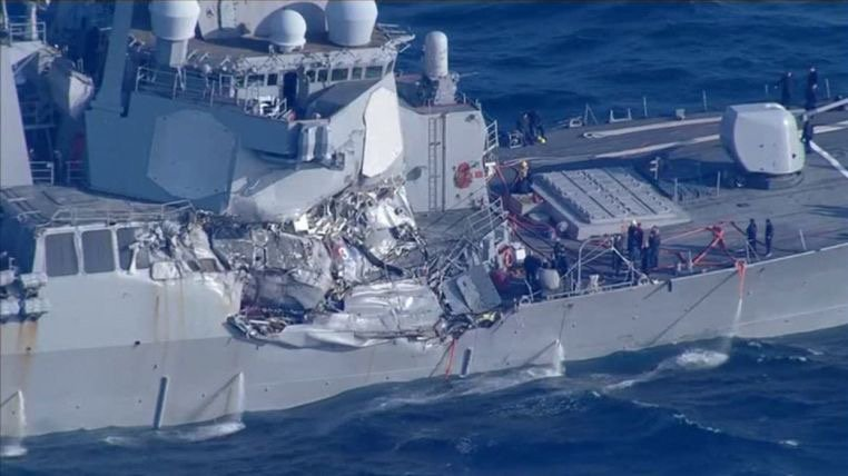 Collisione tra cacciatorpediniere Usa e nave filippina: 7 dispersi