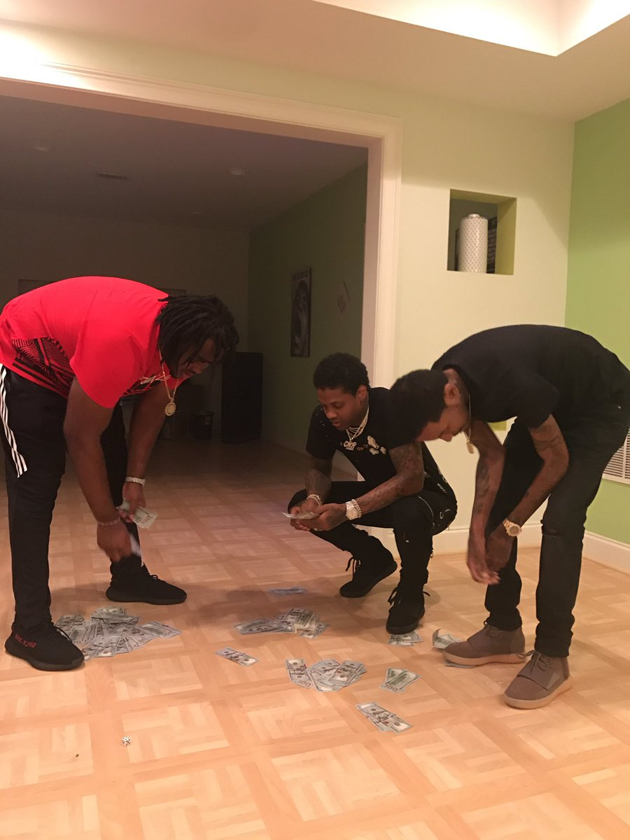 Tee Grizzley On Twitter In The Hood Shooting Craps In My