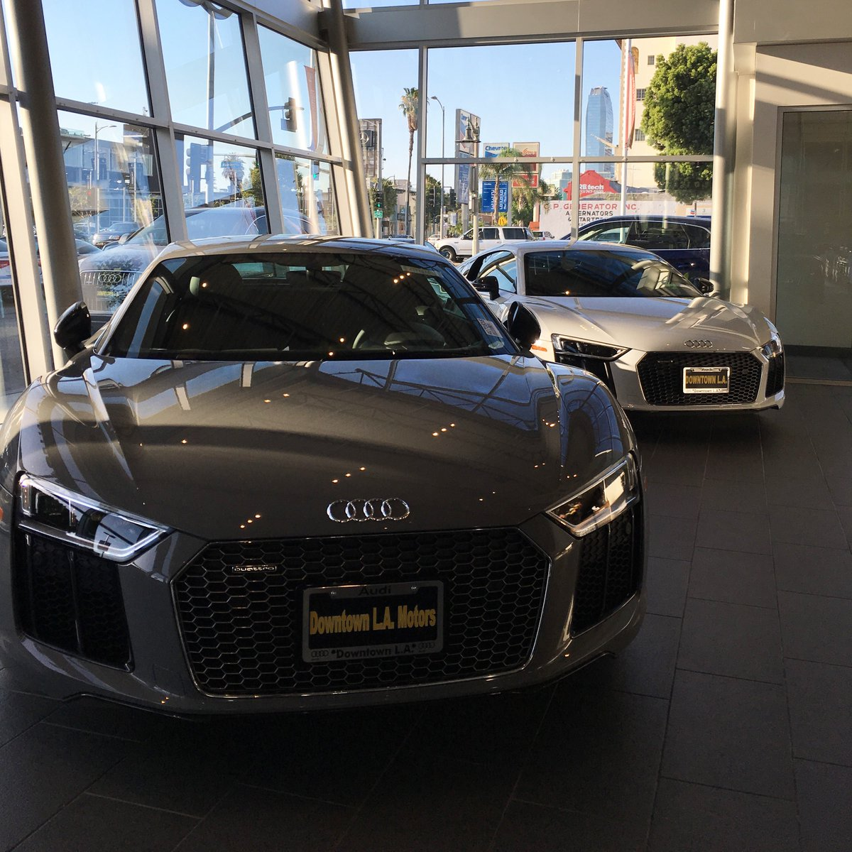 Downtown La Motors >> Audidtla On Twitter Audi Audidtla Audiusa R8