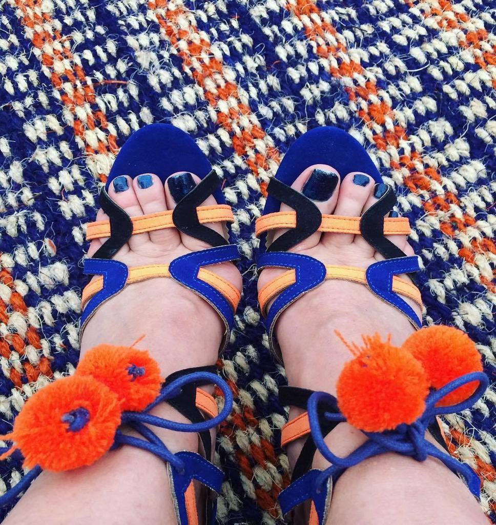 Coordination at a whole new level .. when your shoes match the carpet  @primark #shoelover #pompomshoes #footcandy #loveshoes #heels #myst… <br>http://pic.twitter.com/Ao1KegfBOu