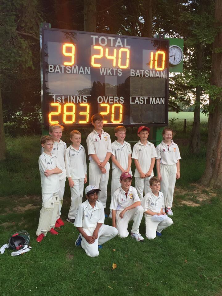 Congrats to our Junior Dolphins defeating @CopfordCC last night with some unbelieveable fielding, 4 catches and 4 direct hits. #fielding <br>http://pic.twitter.com/JPUukI317c