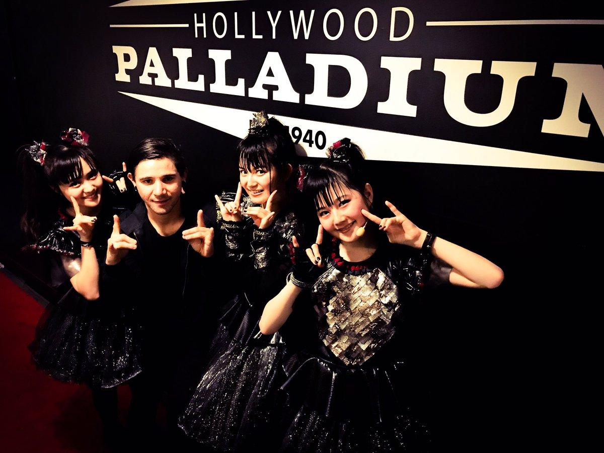 Thanks for coming @Skrillex #BABYMETAL 's show @thepalladium in LA! #Skrillex #Korn #stonesour