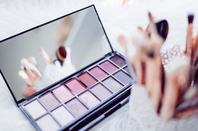 How To Stop Spending So Much On Beauty
