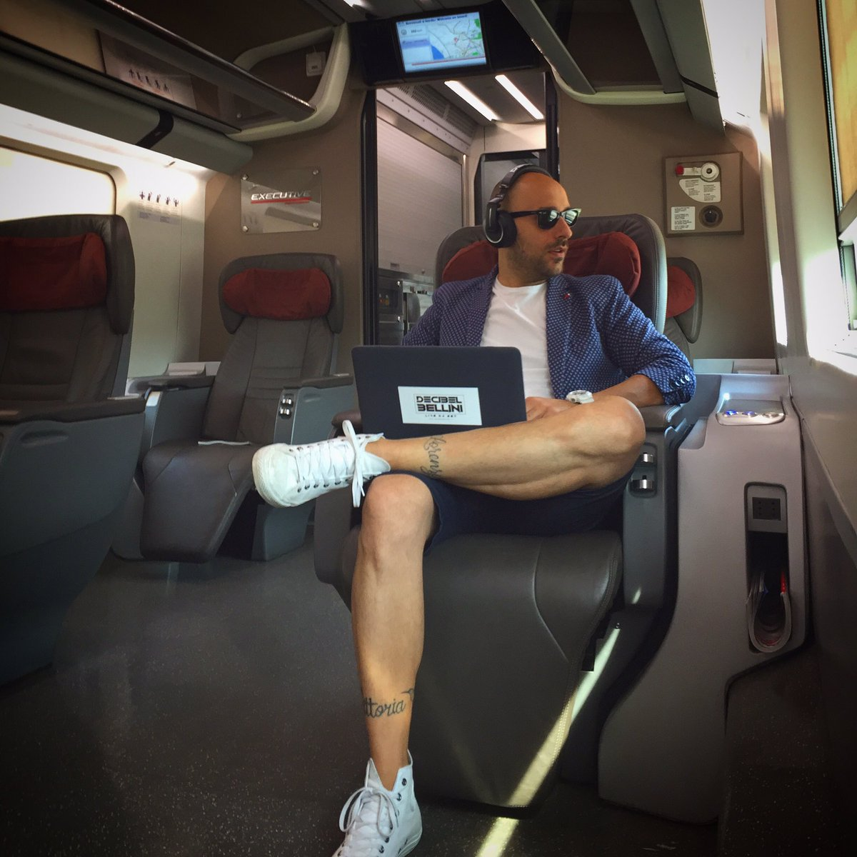On my way to Bologna #ManoloMartina #Gabbiadini #Wedding #DJ #DJSet #Party #DecibelBellini <br>http://pic.twitter.com/k10m55ENYw