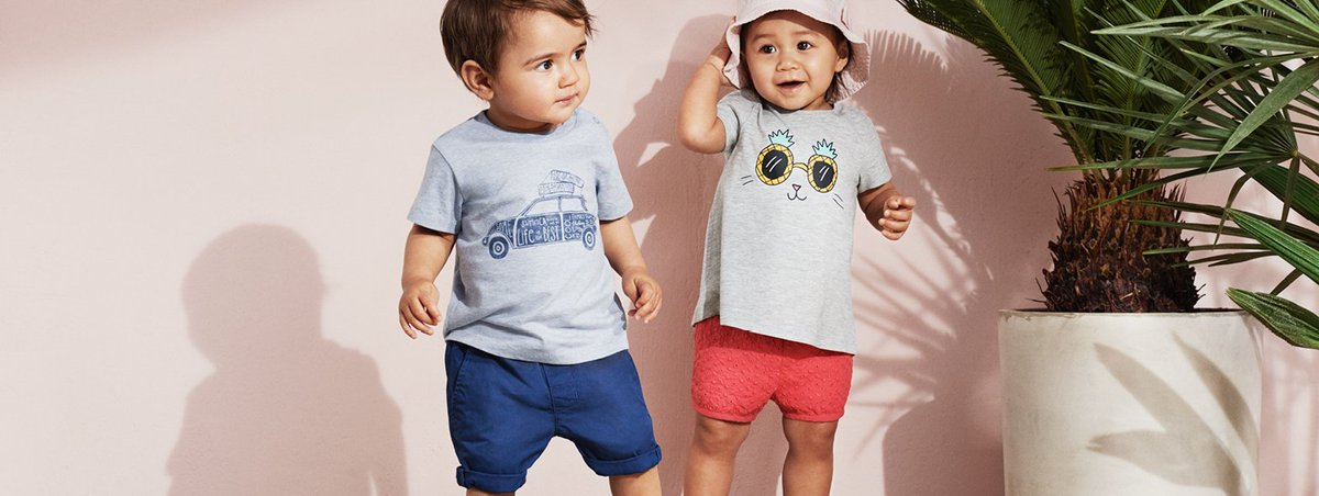 Little sweethearts stay cool in the summer heat with quirky tees, comfy shorts and groovy hats. #HMKids #HMIndia<br>http://pic.twitter.com/HayUNPkNIt