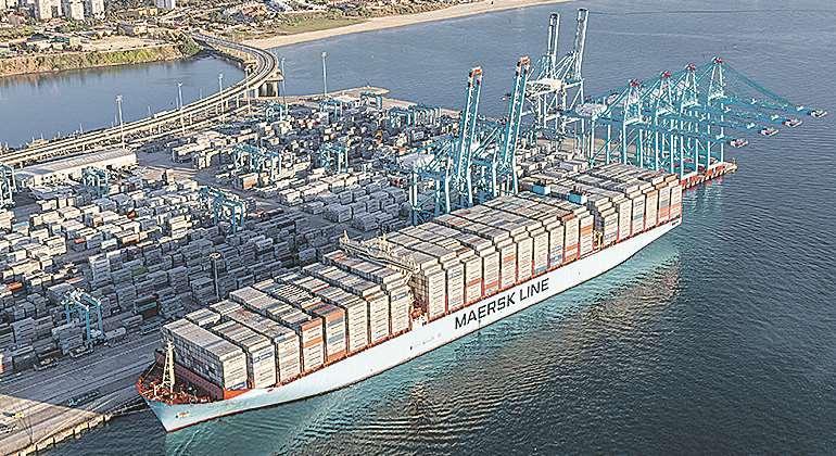 Maersk amenaza con 39 vaciar 39 el puerto de algeciras si no llega la paz a la estiba - Puerto de algeciras hoy ...