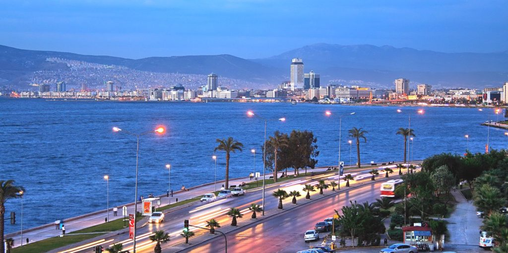 #Izmir.. The #city of a magnificent #history, blue #sea, delicious #cuisine and freedom  http:// businessturkeytoday.com/izmir-the-city -of-a-magnificent-history-blue-sea-delicious-cuisine-and-freedom.html &nbsp; …  #travel #Turkey<br>http://pic.twitter.com/nfQ0DkIXWA