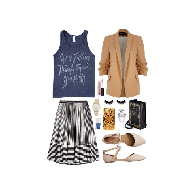 Geek Chic Outfit Inspiration: Intergalactic Date Night