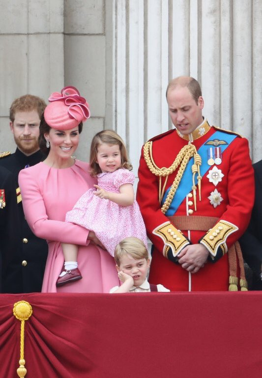 Prince George appears less than impressed at today's #TroopingTheColour https://t.co/EsdAcNQXWd