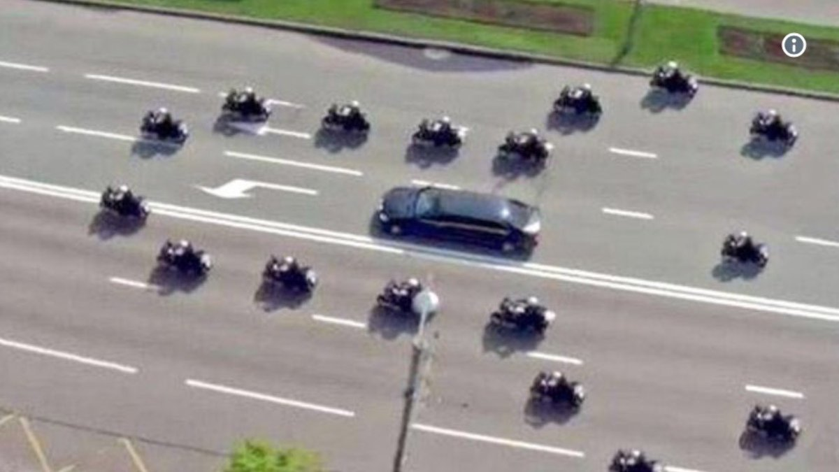 Is #Donald #Trump's police escort trying to tell him something? #Trump<br>http://pic.twitter.com/8kSwnqkWAw