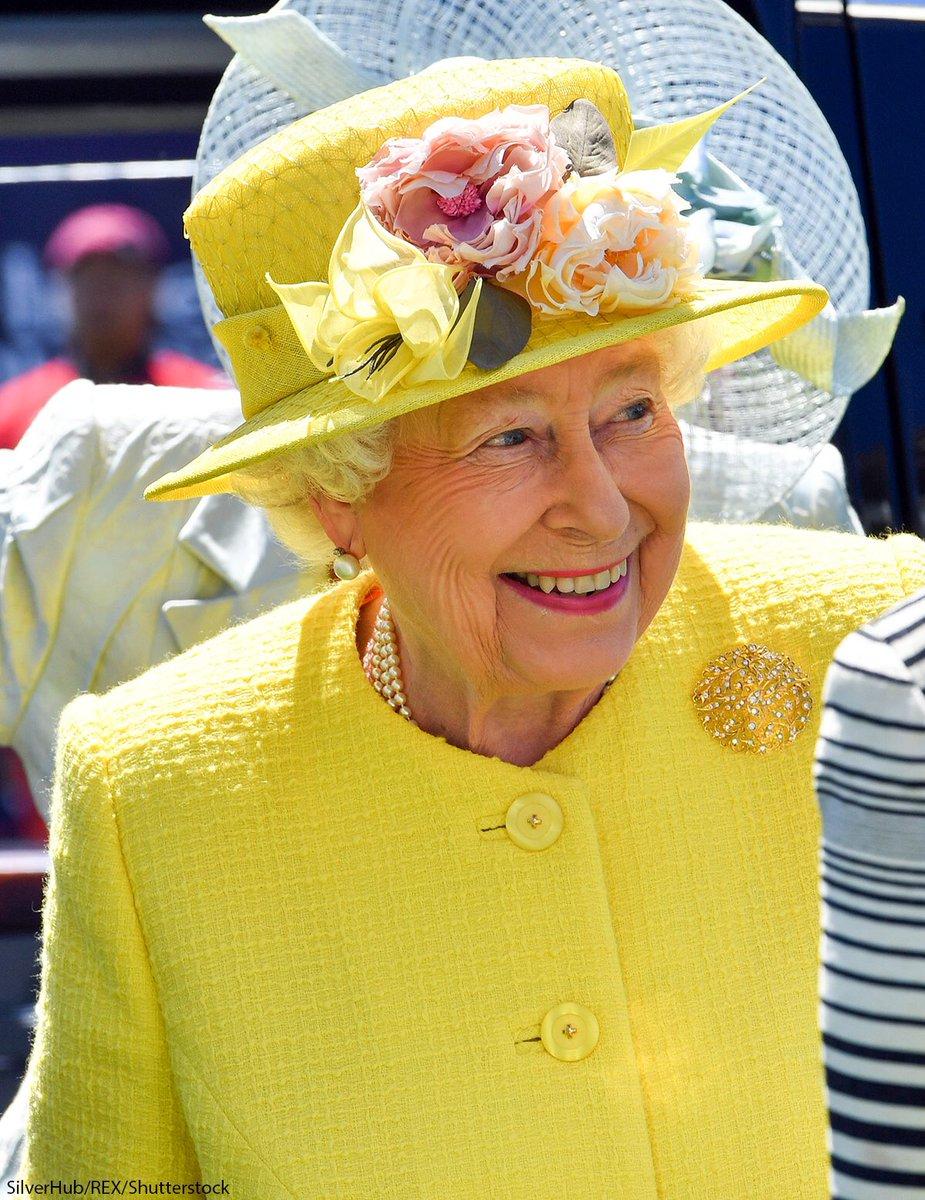 Happy Birthday Your Majesty! #QueensBirthday #lovegreatbritain<br>http://pic.twitter.com/tX2gGAGohL