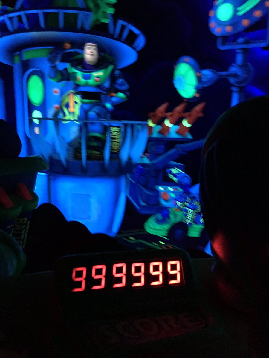 Galactic Hero! Don&#39;t forget to check out the live stream at 6:30pm on #ResortTV1 #buzzlightyear #wdw<br>http://pic.twitter.com/WIG25dFERm