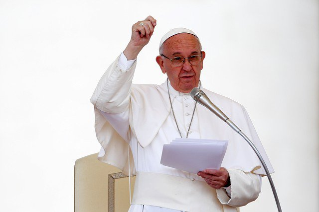 Vaticano estuda fazer decreto para excomungar corruptos https://t.co/3m6Us2s4QM #G1