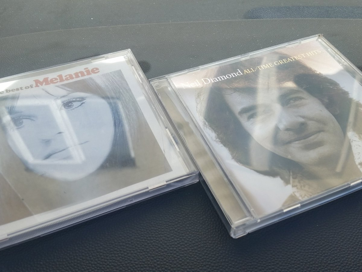 Off to festival with some Melanie and Neil Diamond in the car #ontheroad <br>http://pic.twitter.com/UUT6bapcvC
