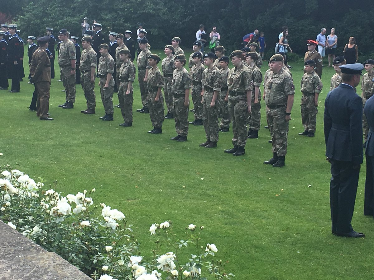 Great to see so many Cadets on parade in celebration of the #QueensBirthday 21 Royal Gun Salute #York<br>http://pic.twitter.com/yOl5jMV4px