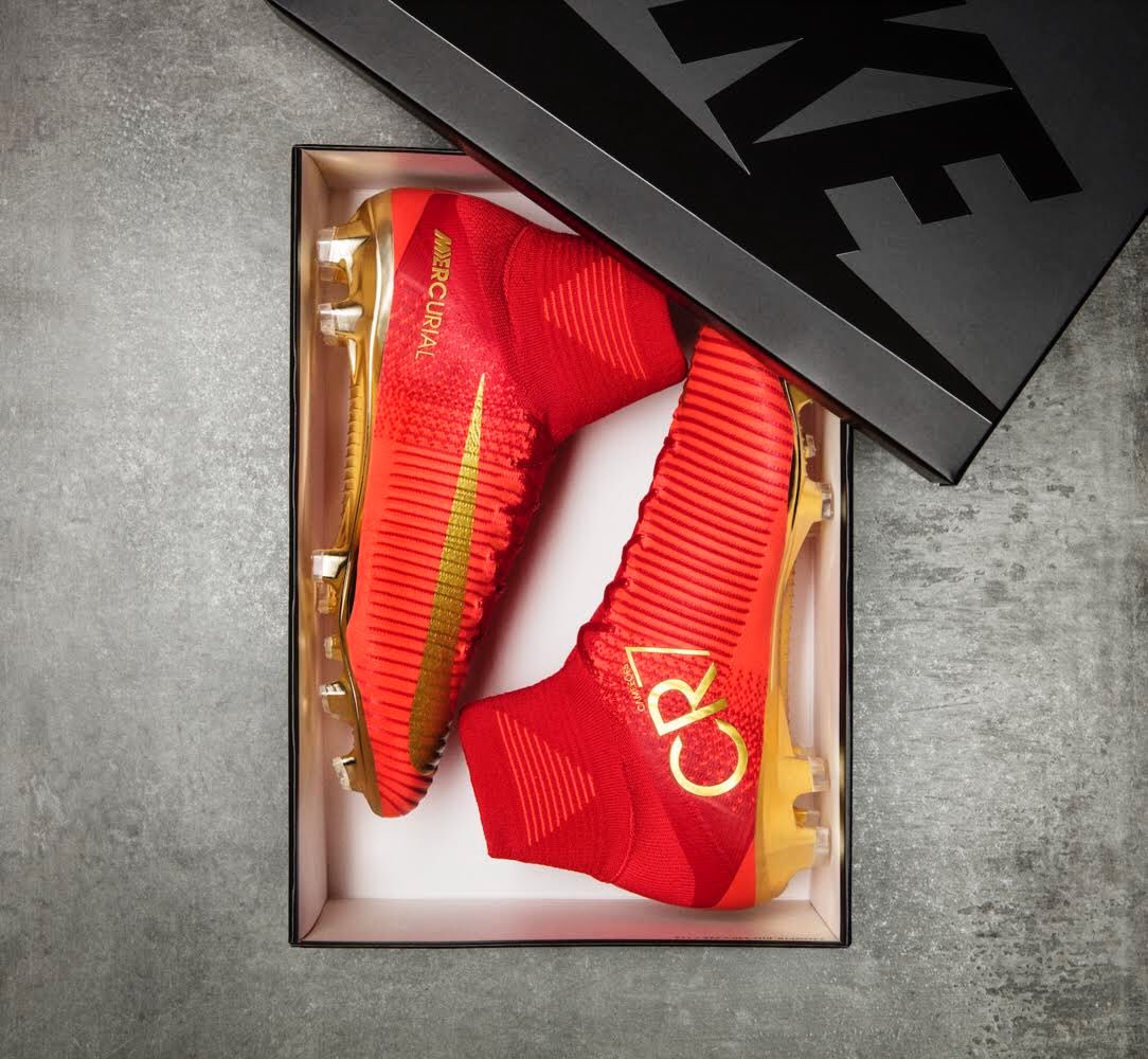 New boots. Same goal. 🏆🔝🇵🇹 #Mercurial #Portugal #CR7 #Nike #Football #Soccer