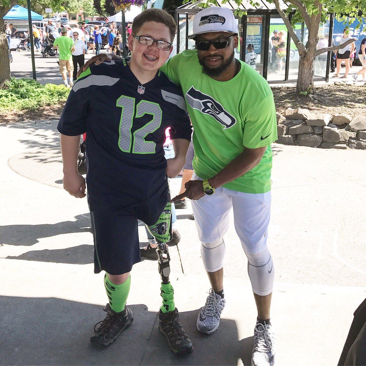 I've taken a ton of pictures on tour with the @seahawks on #12Tour. This is definitely one of the most impactful. https://t.co/R8RGCU1VEO