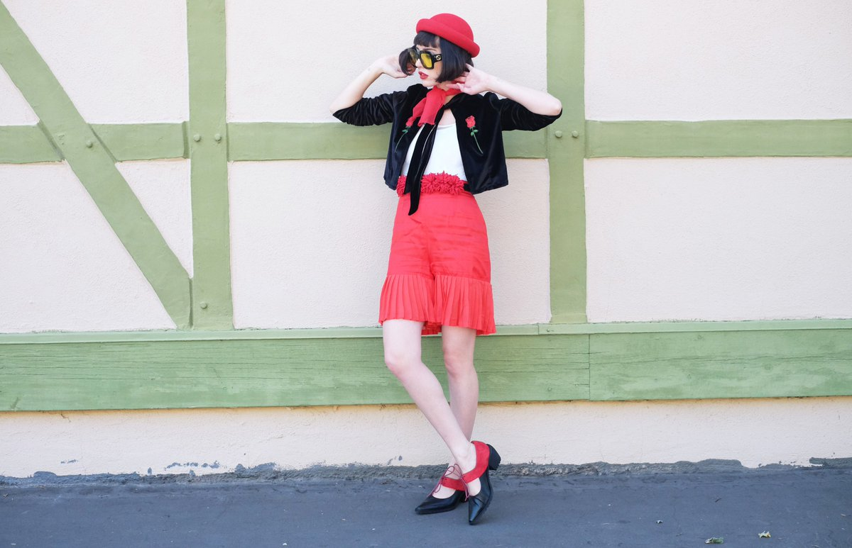 http://www. afashionnerd.com/2017/06/never- neverland.html &nbsp; …  new blog live ! @5yMedioShoes  !! #solvang #ootd #outfit #gucci<br>http://pic.twitter.com/CNaePy2AKv