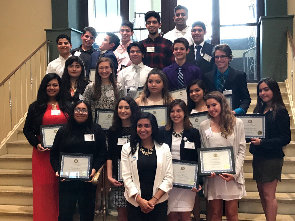 Inaugural graduation of @HCCMetroSTL High School Hispanic Leadership Institute. 20 bright leaders graduate. #ganas <br>http://pic.twitter.com/wfUsryEDDo