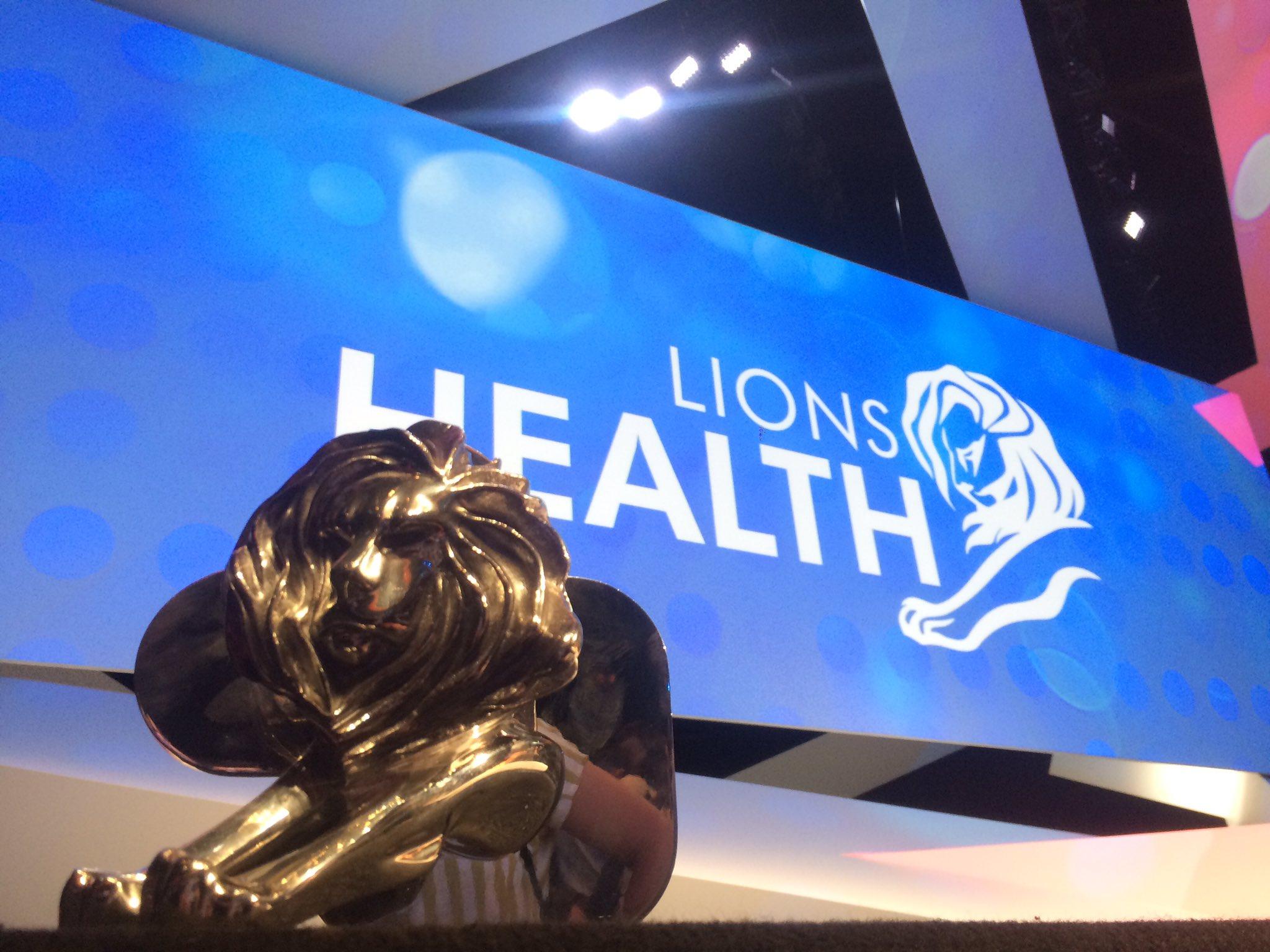 RT @TBWA_PARIS: Lions Health : un silver pour @burnsandsmiles !!! @Cannes_Lions 🦁✊️👏🙌 Bravooo #fierte #tbwacannes https://t.co/1qaN8oSm8e